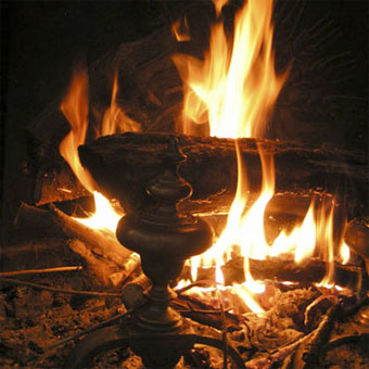 Restaurants de dijon au coin du feu bing bang magazine - Image feu de cheminee ...