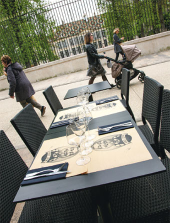 les tables en terrasse